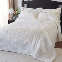 Helenna Bedding